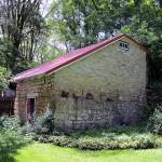 Stable, 515 Acre St., Guttenberg, Jefferson Township